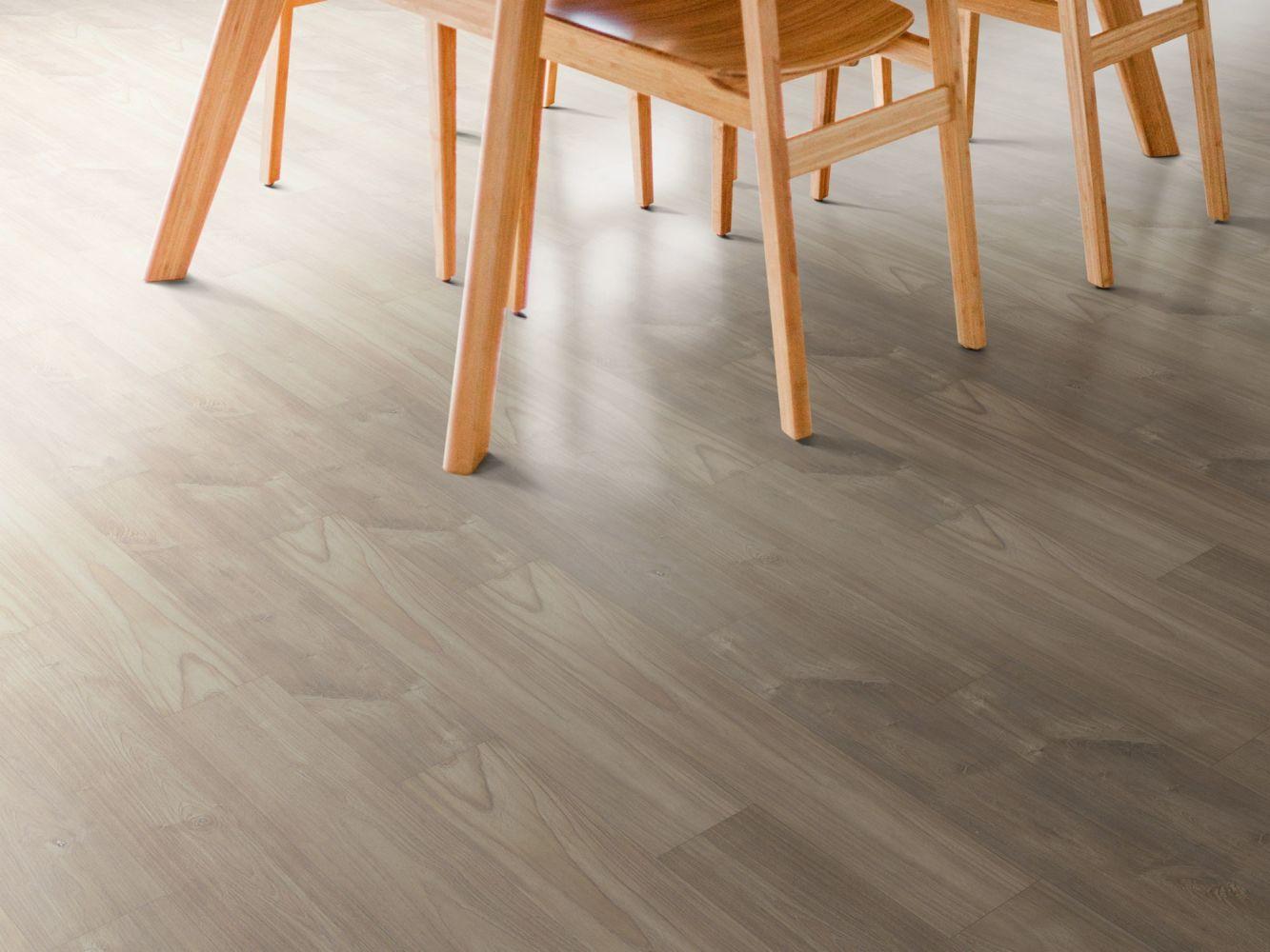 Shaw Floors Versalock Laminate Intrigue Chiseled Oak 07723_SL448