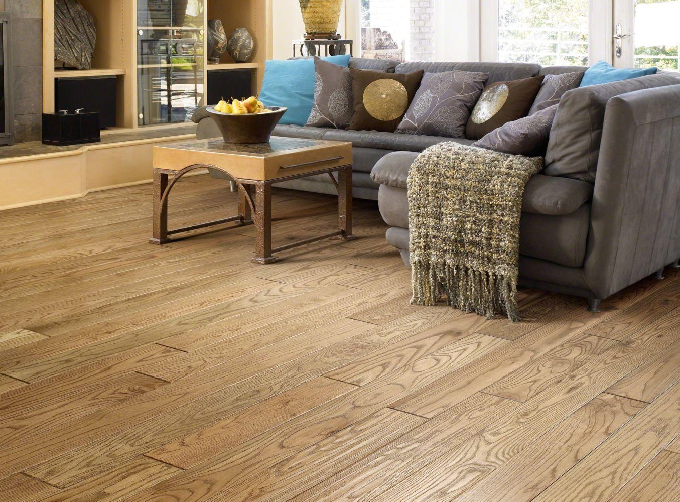Shaw Floors Shaw Hardwoods Montgomery Sorrel 00217_SW357