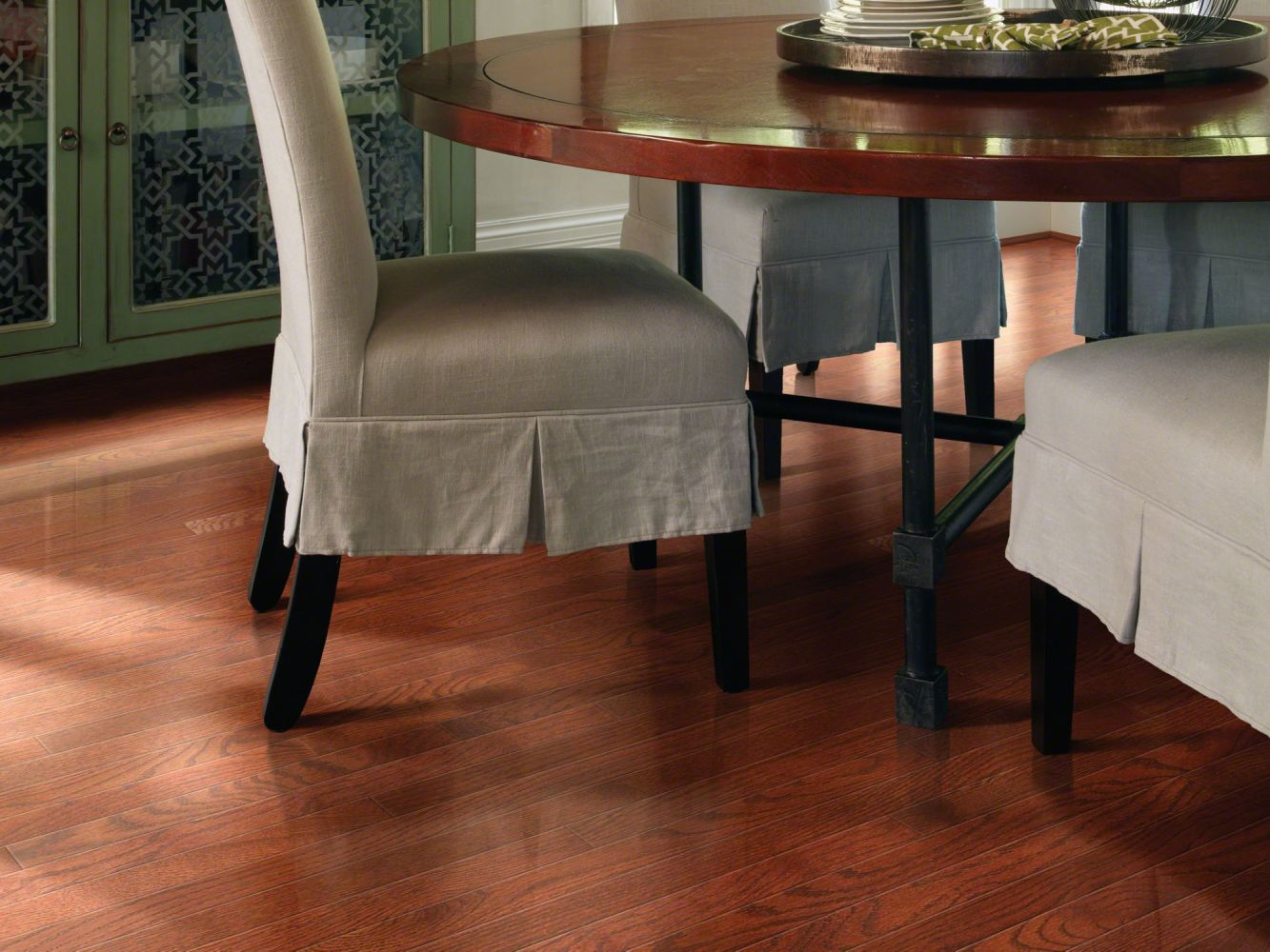 Shaw Floors Shaw Hardwoods Bellingham 70 Gloss 2.25 Cherry 00947_SW569