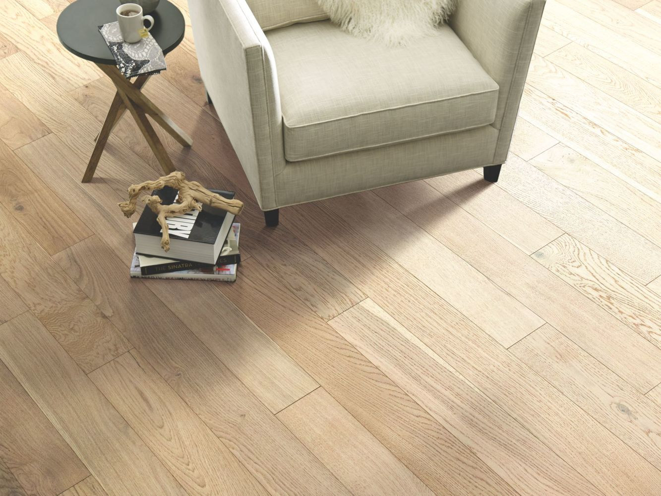 Shaw Floors Shaw Hardwoods Cornerstone Oak Crystal 01080_SW676