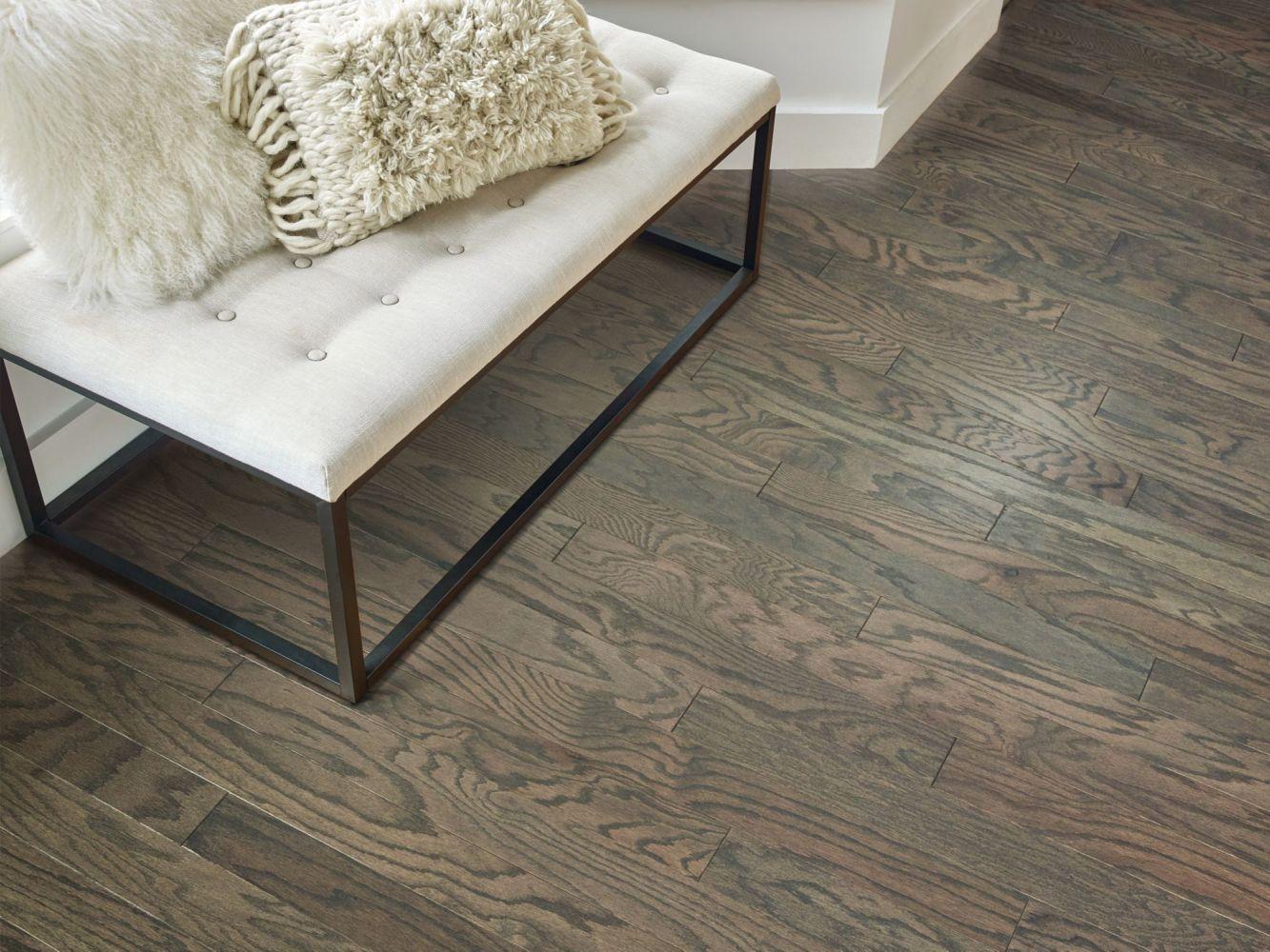 Shaw Floors Shaw Hardwoods Timeless Oak 3.25″ Weathered 00543_SW699
