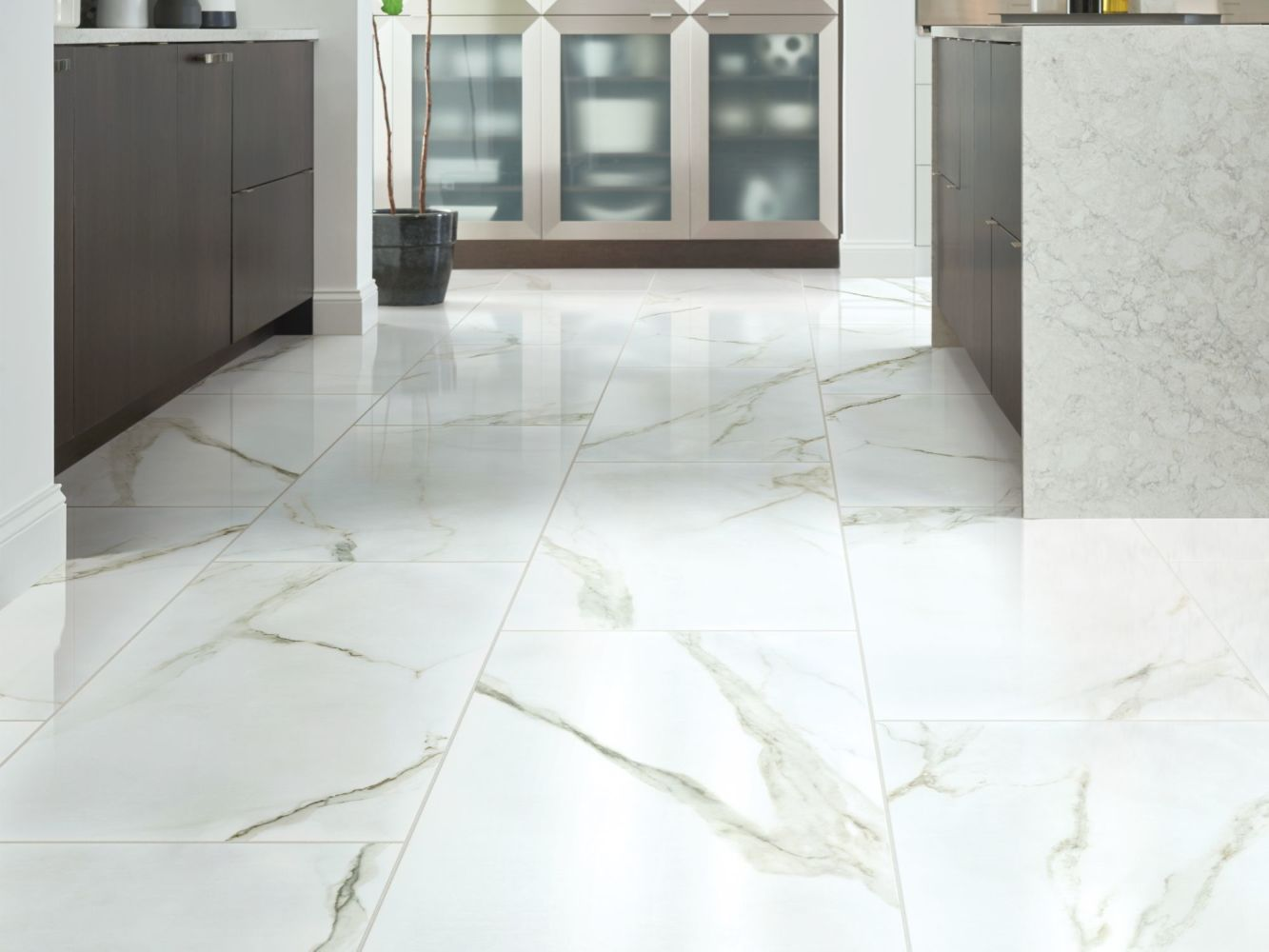Shaw Floors Home Fn Gold Ceramic Marvel 16×32 Polish Calacatta 00121_TG07C