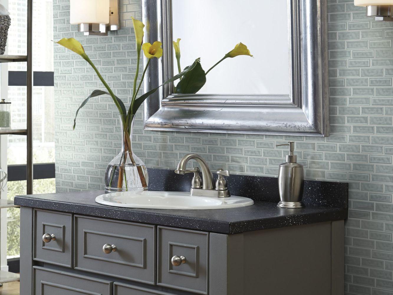 Shaw Floors Home Fn Gold Ceramic Geoscapes Random Linear Light Grey 00500_TG45C