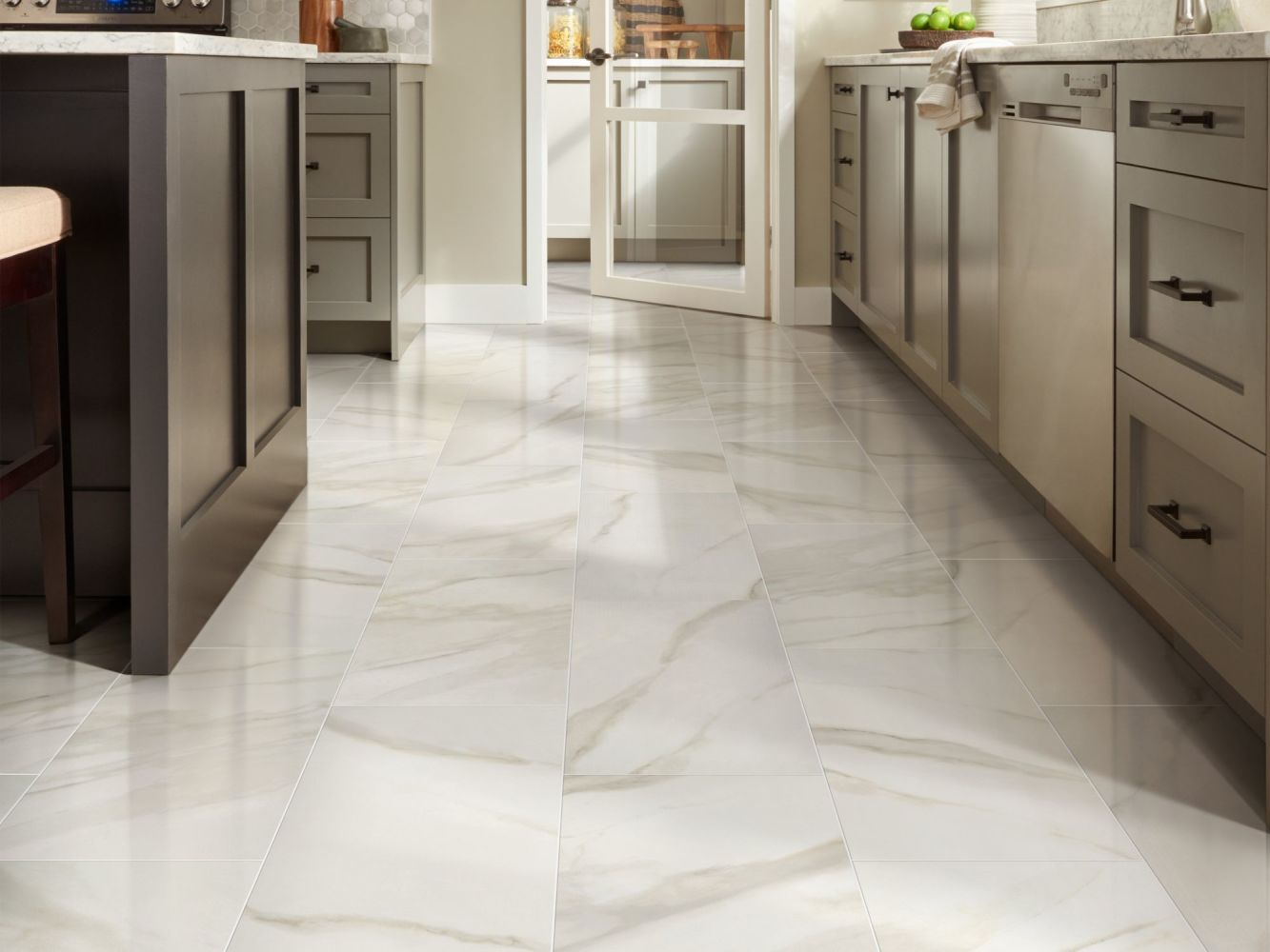 Shaw Floors Home Fn Gold Ceramic Tranquility 24×24 Polished Bianco Covelano 00150_TG85E