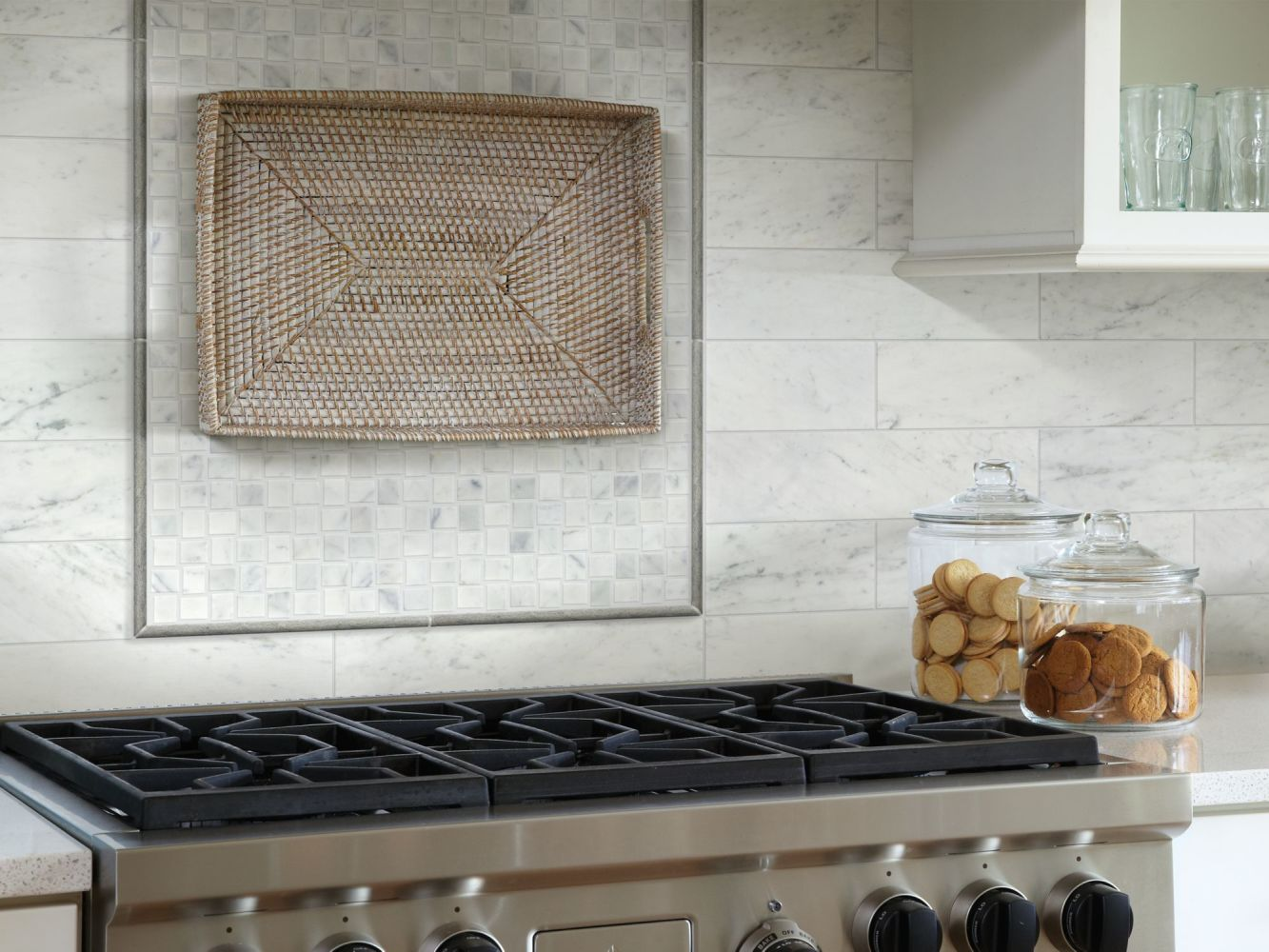 Shaw Floors Home Fn Gold Ceramic Estate  Basketweave Mo Bianco Carrara 00150_TG86B