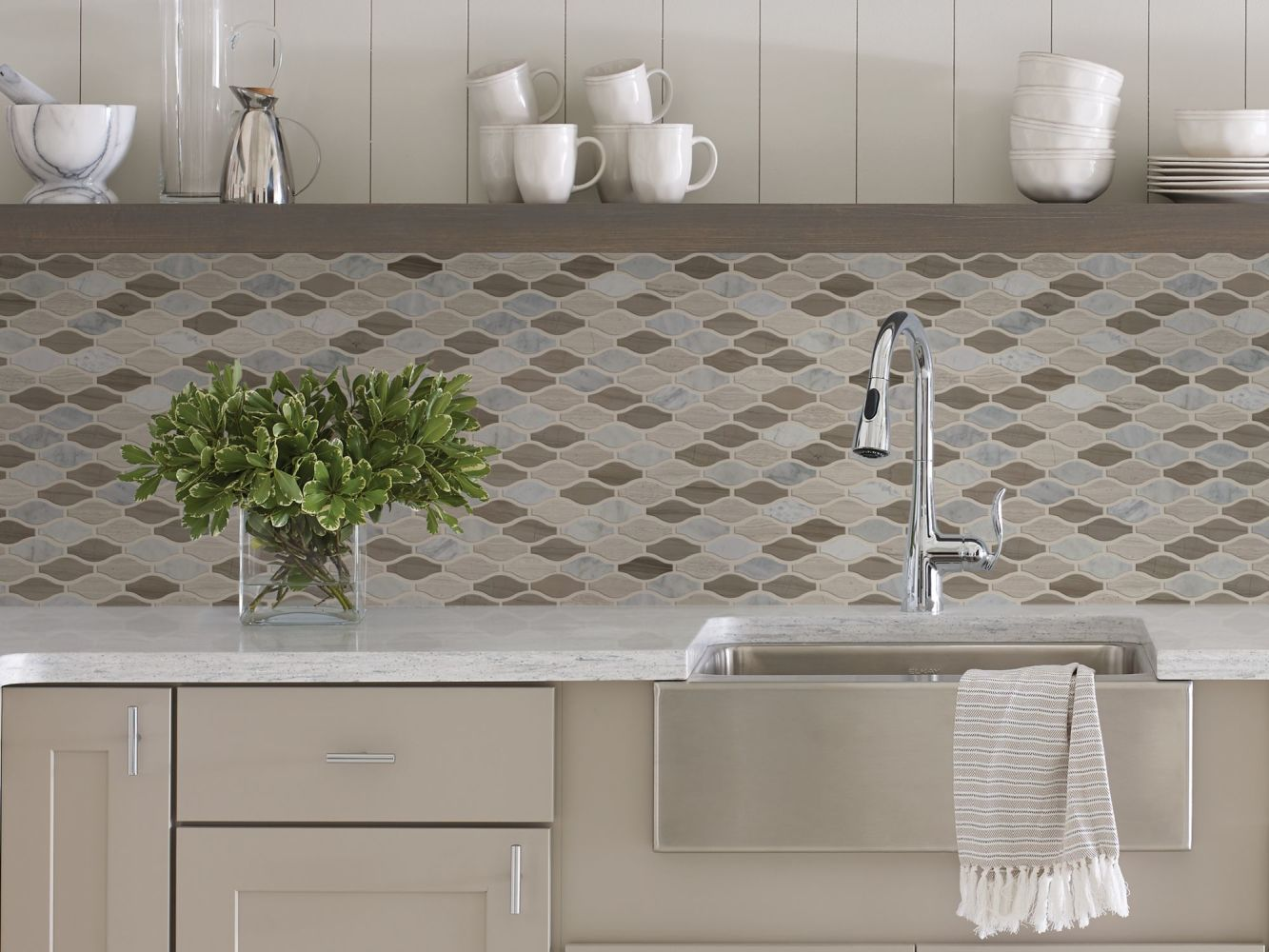 Shaw Floors Home Fn Gold Ceramic Estate Ornt Mo Bianco C Rockw Urba 00125_TG89B