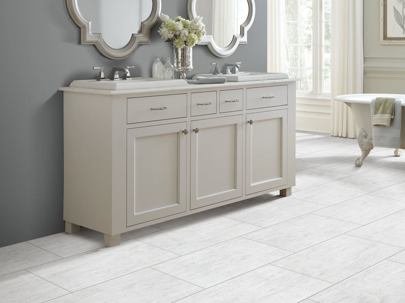 Shaw Floors Home Fn Gold Ceramic Travertino 18×18 Light Grey 00150_TGH15