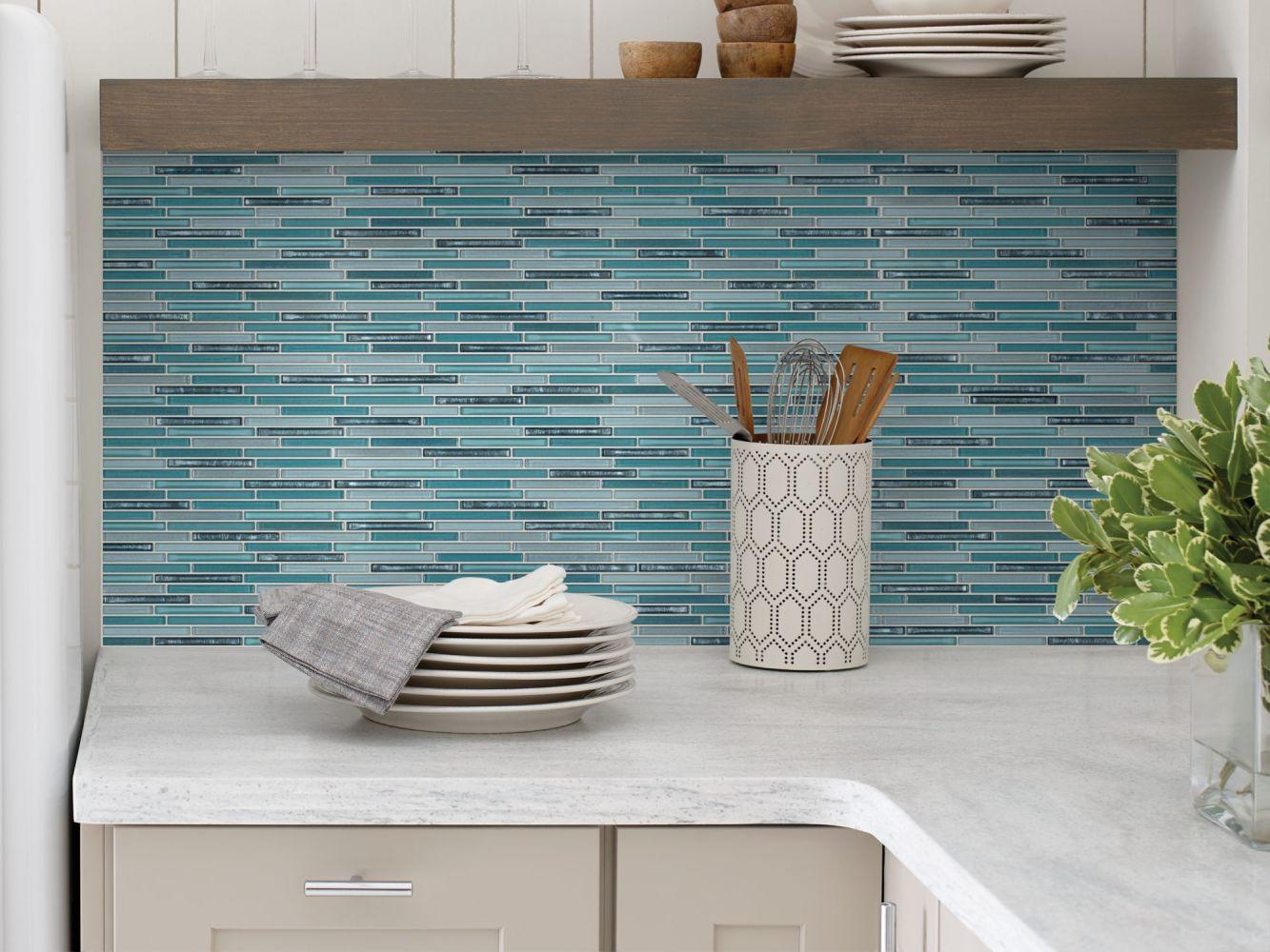 Shaw Floors Home Fn Gold Ceramic Molten Linear Glass Hydra 00460_TGJ83