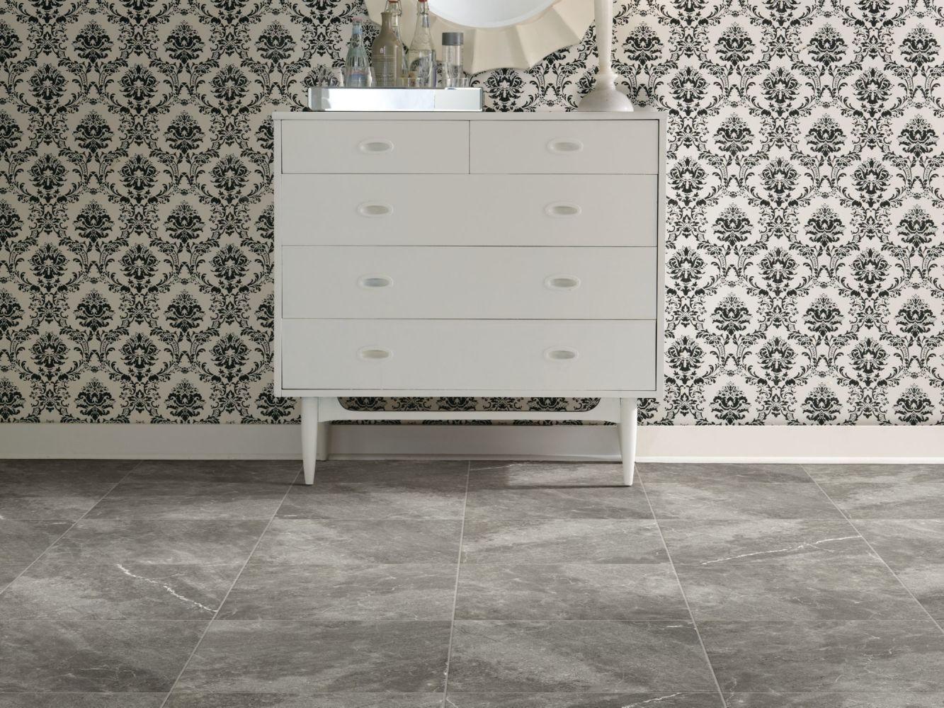 Shaw Floors Home Fn Gold Ceramic Serenity 13 Dark Grey 00570_TGJ88