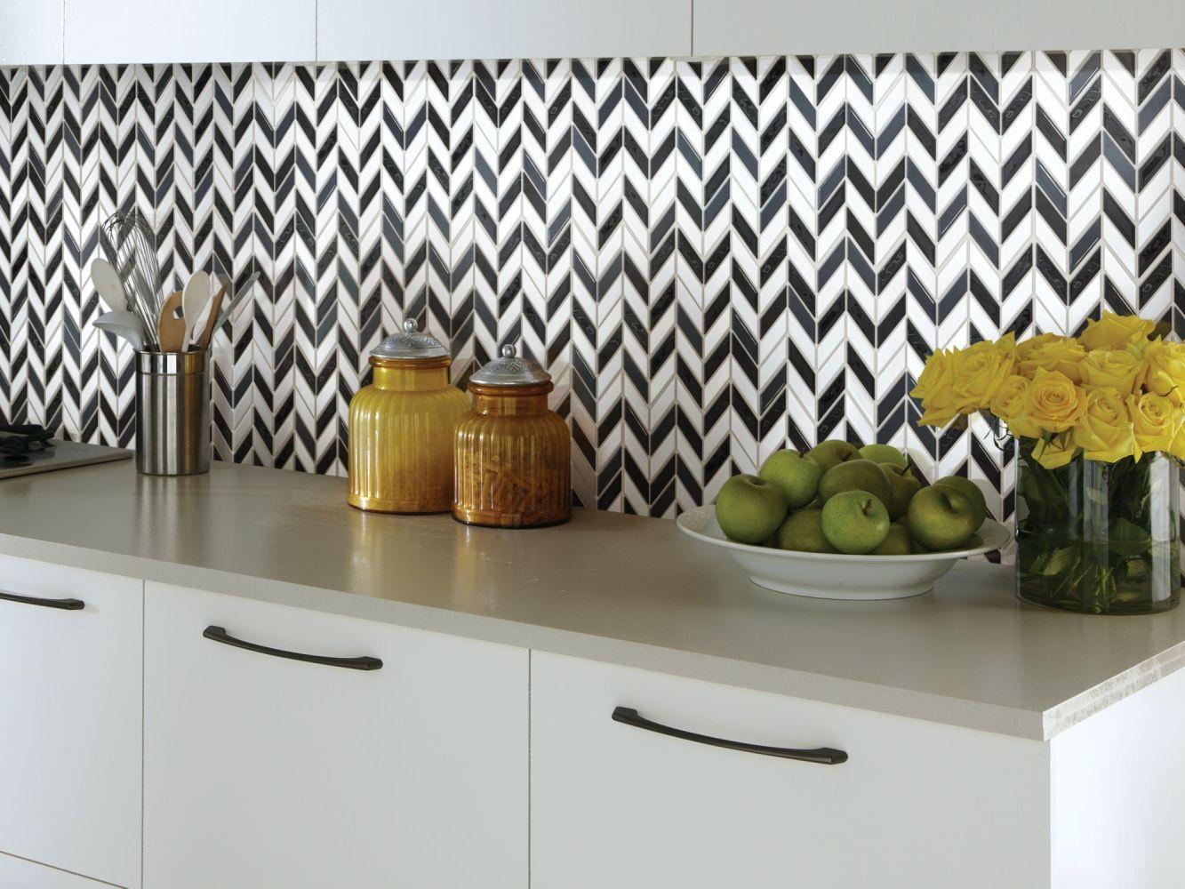 Shaw Floors Toll Brothers Ceramics Geoscapes Chevron Black/White Blend 00151_TL46C