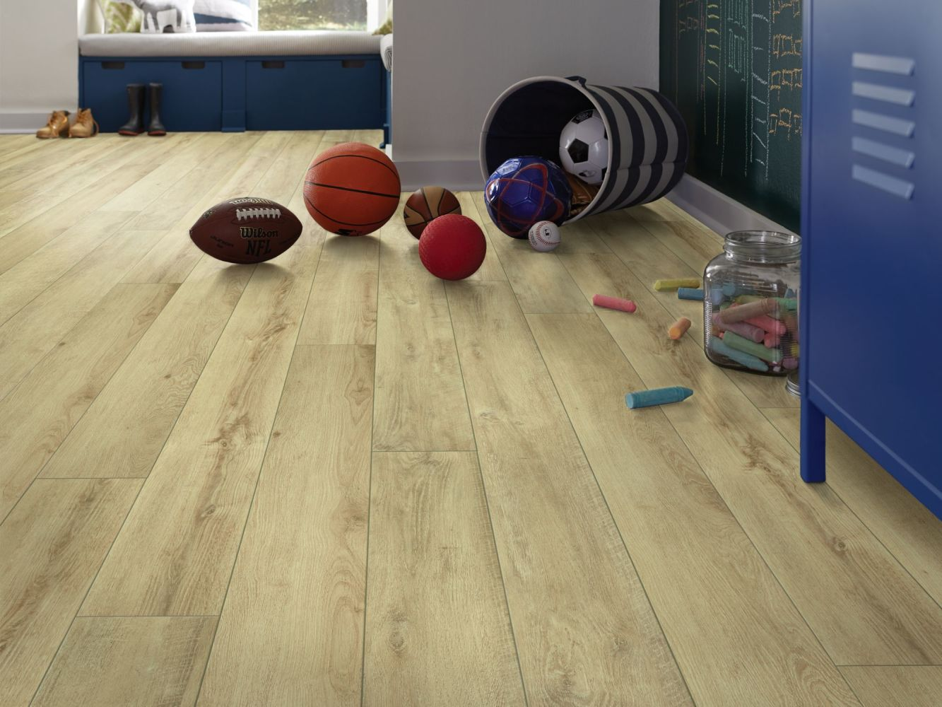 Shaw Floors Resilient Property Solutions Resolute XL HD Plus Classic Oak 00253_VE387