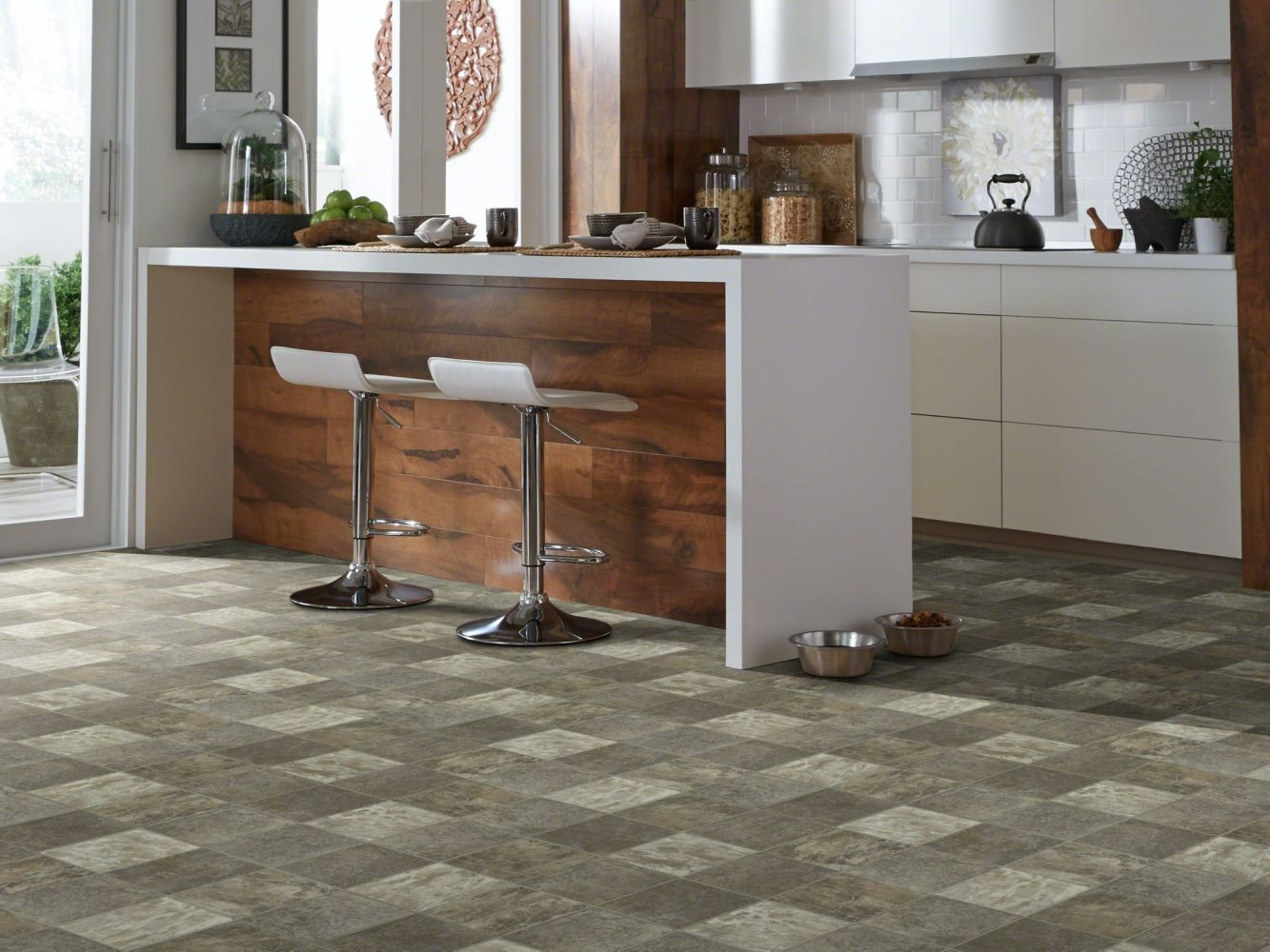 Shaw Floors Resilient Property Solutions Compact 12 Lassen 00528_VG061