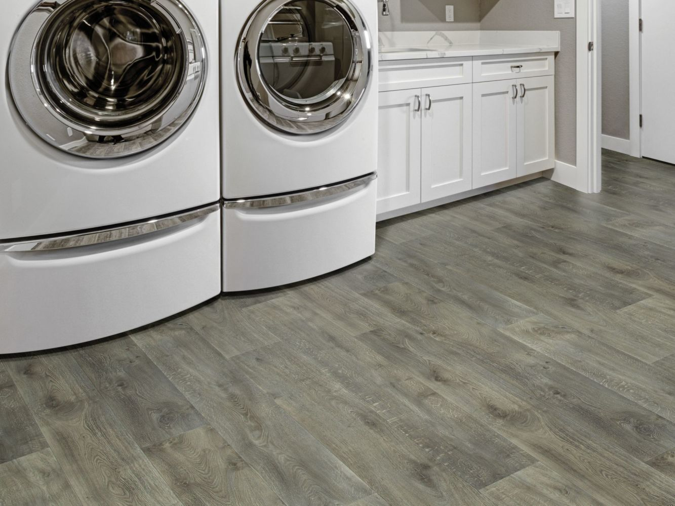 Shaw Floors Resilient Residential Sublime Vision Aries 05096_VG090