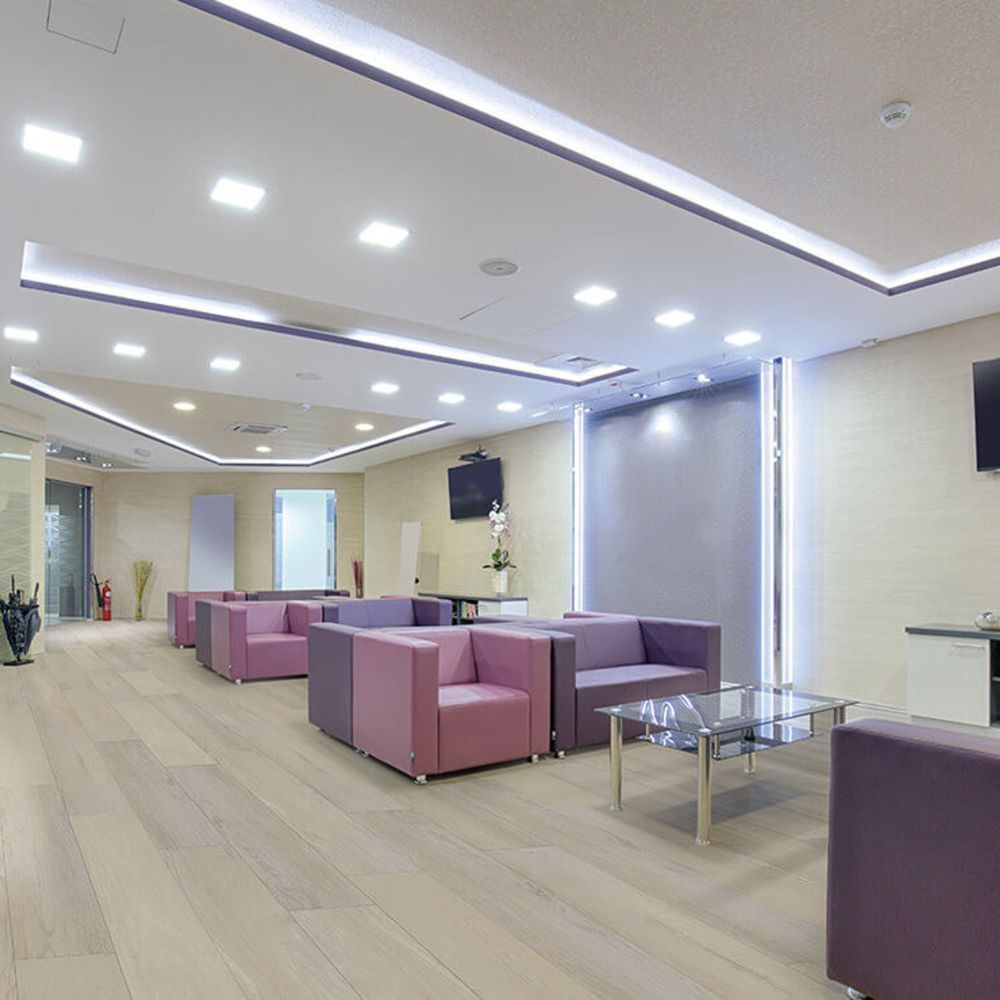 Vinyl Residential COREtec – Pro Plus Enhanced Pl Nila Oak 02005_VH492