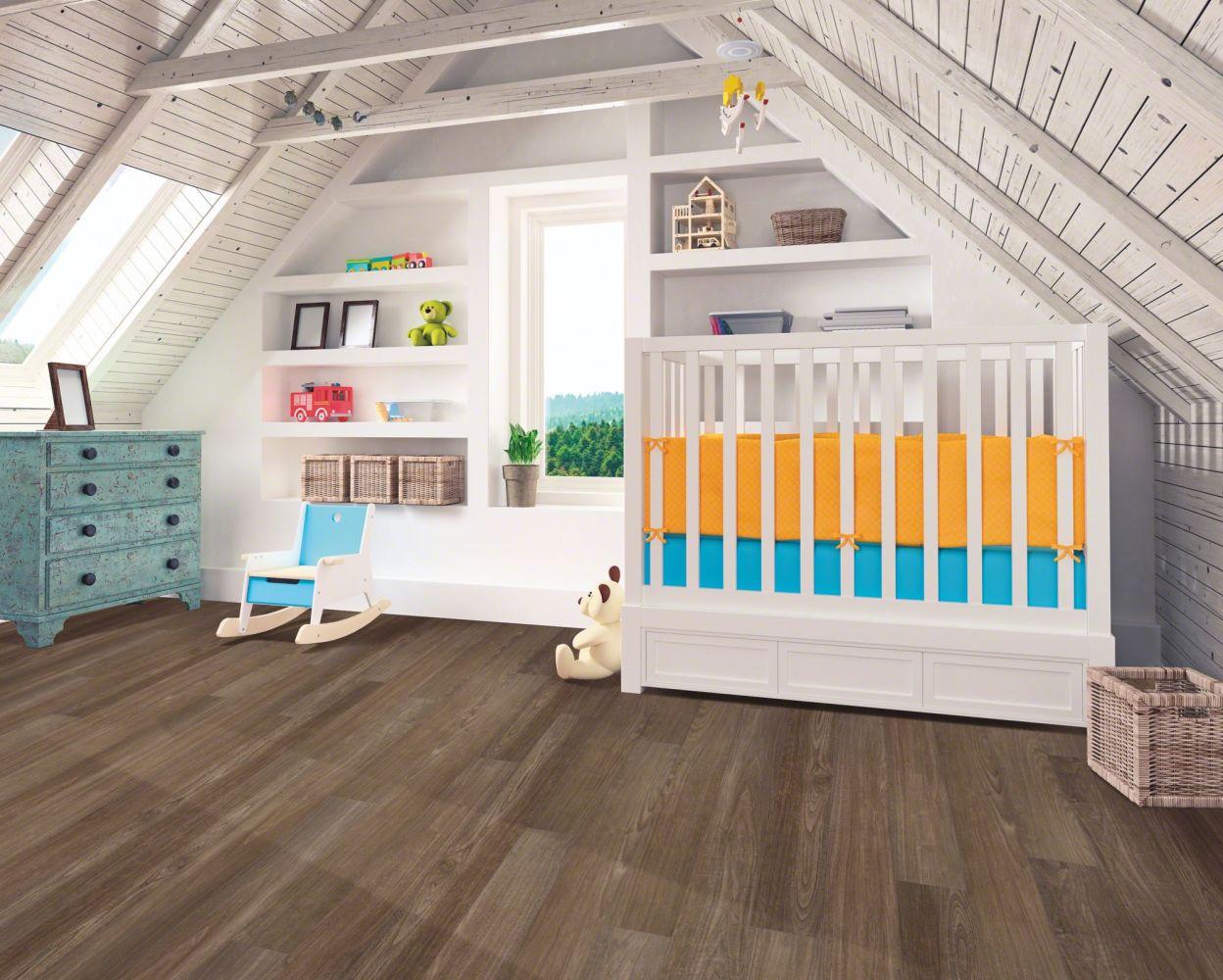 Resilient Residential COREtec Plus Premium 7″ Dora Walnut 02709_VV458