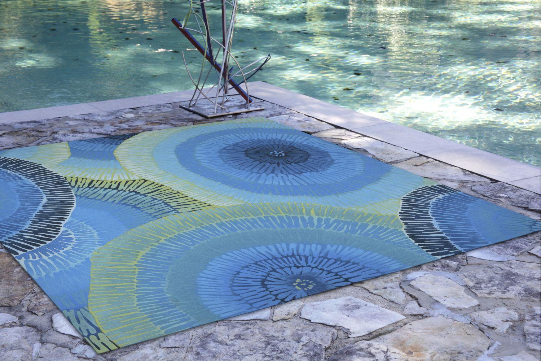 Liora Manne Visions Iv Contemporary Blue 8'0″ x 8'0″ Square VGHS8430204